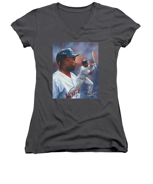 Kirby Puckett Minnesota Twins Women's V-Neck T-Shirt (Junior Cut)