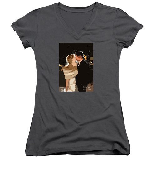 Kiss Women's V-Neck