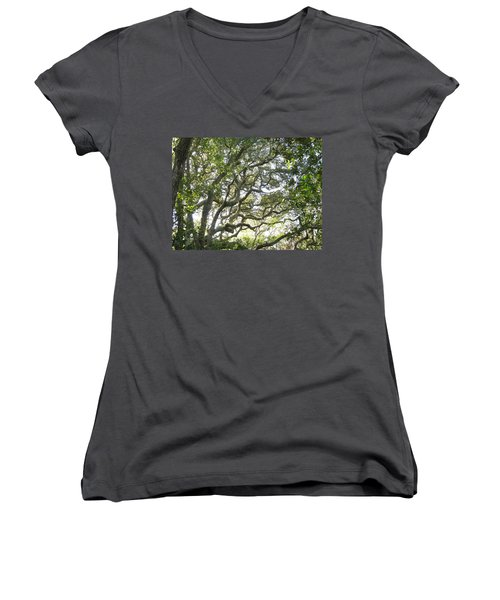 Knarly Oak Women's V-Neck T-Shirt (Junior Cut)