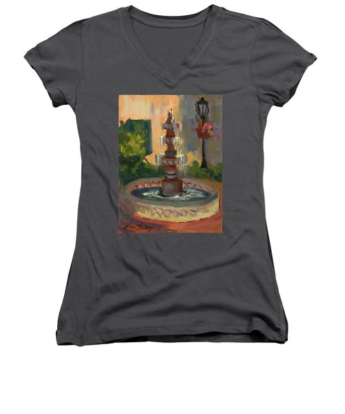 La Quinta Resort Fountain Women's V-Neck