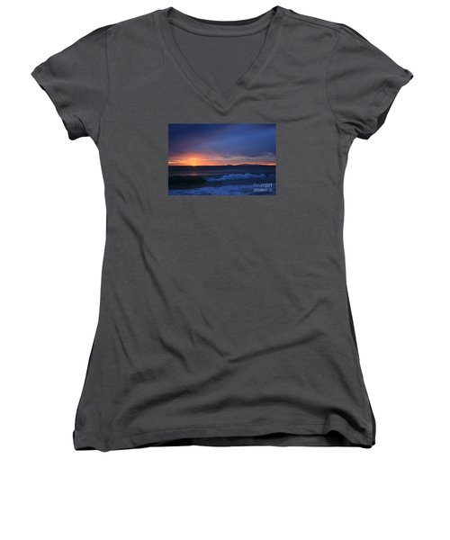 Last Ray Of Sunlight At Pt Mugu With Wave Women's V-Neck T-Shirt (Junior Cut) by Ian Donley
