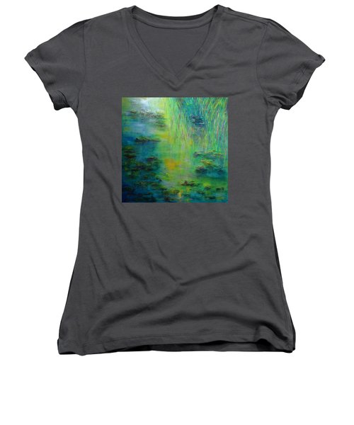 Lily Pond Tribute To Monet Women's V-Neck T-Shirt
