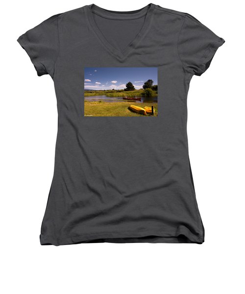 Little Deschutes River Bend Sunriver Thousand Trails Women's V-Neck