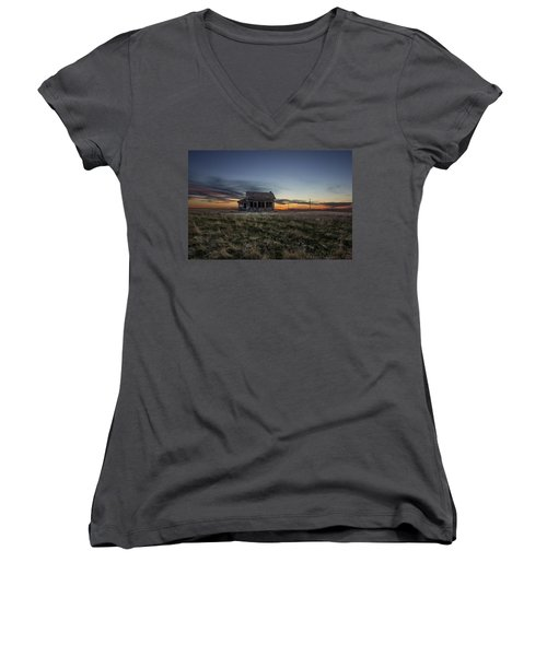 Little House On The Prairie Women's V-Neck (Athletic Fit)