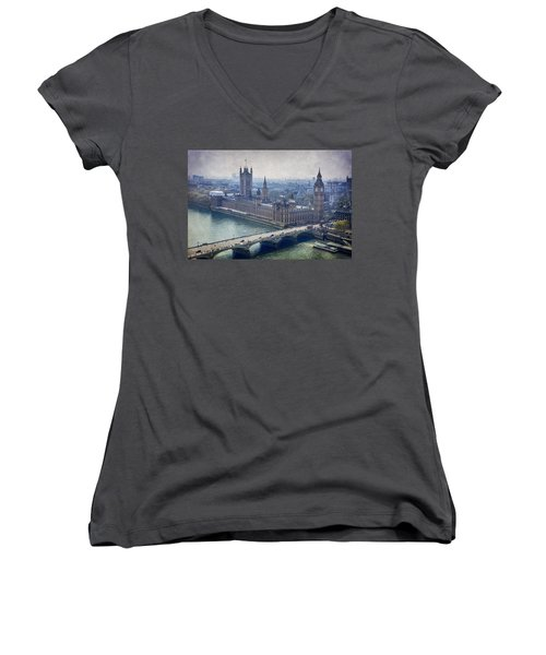 London Women's V-Neck (Athletic Fit)
