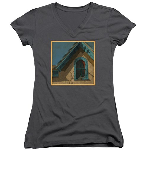 Looking In Women's V-Neck T-Shirt