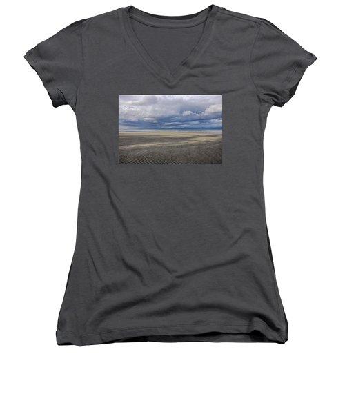 Low Tide Sandscape Women's V-Neck
