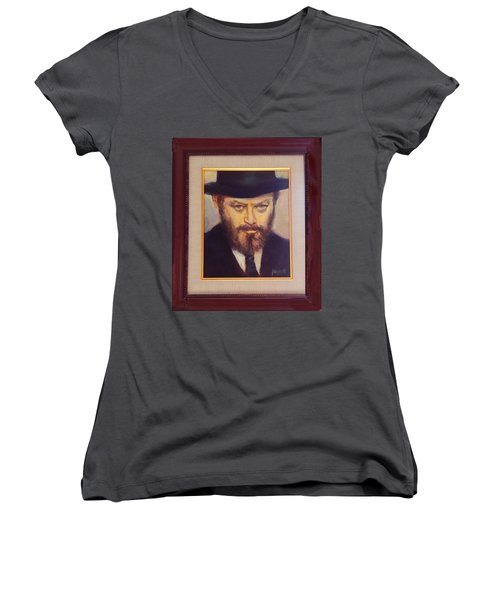 Lubavitcher Rebbe  Women's V-Neck T-Shirt