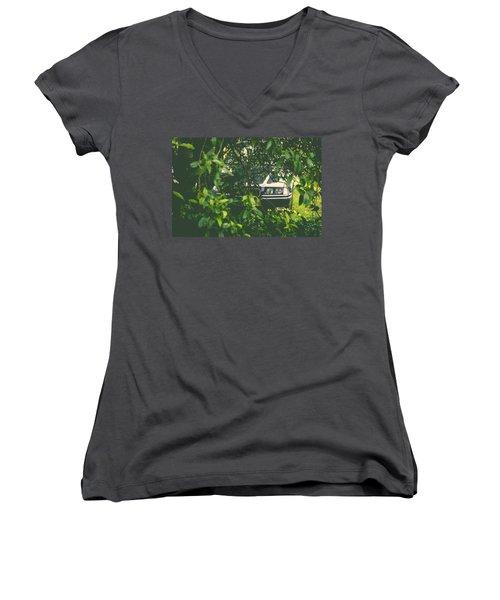 Lurking I Women's V-Neck T-Shirt