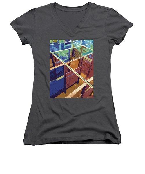 Labirinto Women's V-Neck T-Shirt