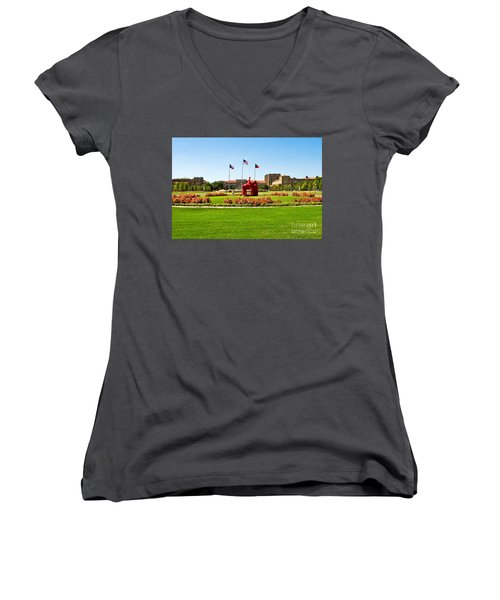 Women's V-Neck featuring the photograph Memorial Circle by Mae Wertz