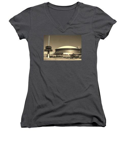 Mercedes Benz Superdome - New Orleans La Women's V-Neck T-Shirt (Junior Cut) by Deborah Lacoste