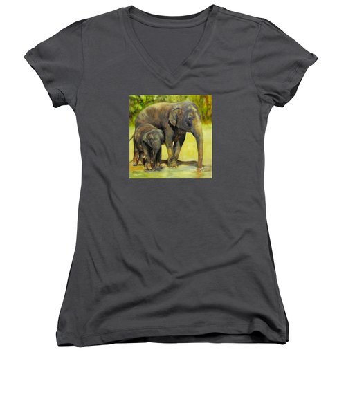 Thirsty, Methai And Baylor, Elephants  Women's V-Neck T-Shirt