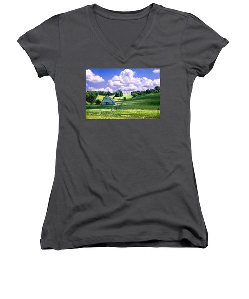 Missouri River Valley Women's V-Neck T-Shirt