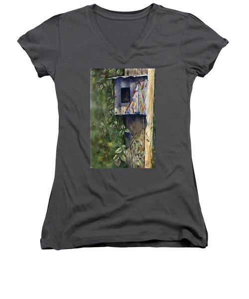 Modern Feathered Friends Women's V-Neck T-Shirt
