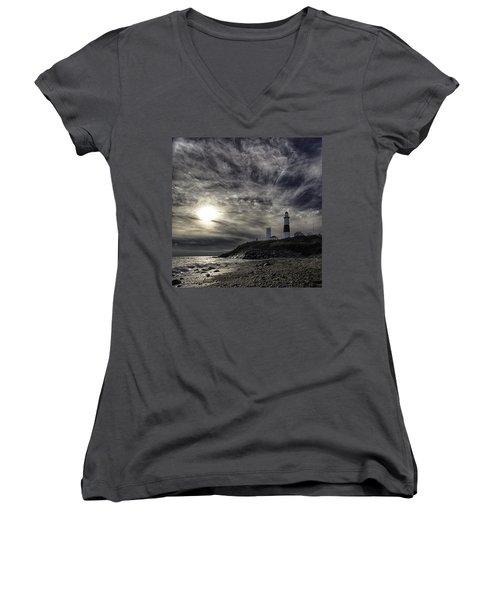 Montauk Point Lighthouse Women's V-Neck T-Shirt (Junior Cut)