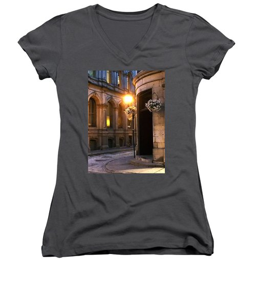 Montreal Night Women's V-Neck (Athletic Fit)