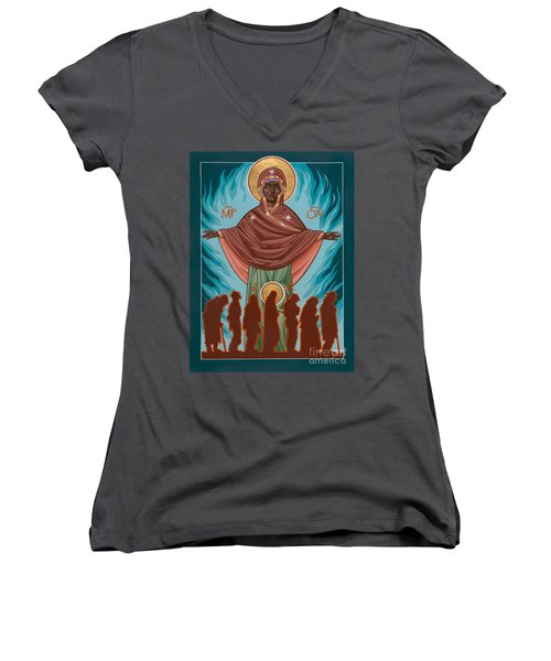 Mother Of Sacred Activism With Eichenberg's Christ Of The Breadline Women's V-Neck