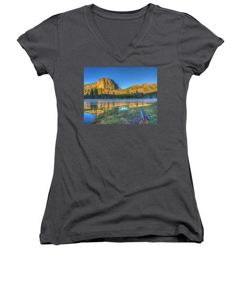 Mt. Hayes Alpine Glow Yellowstone National Park Women's V-Neck T-Shirt