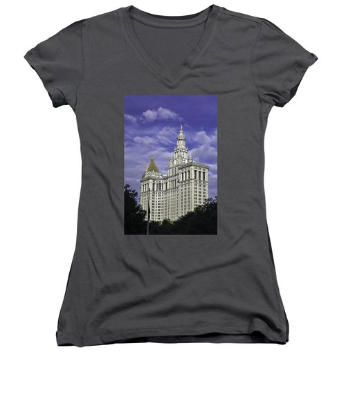 New York Municipal Building Women's V-Neck T-Shirt