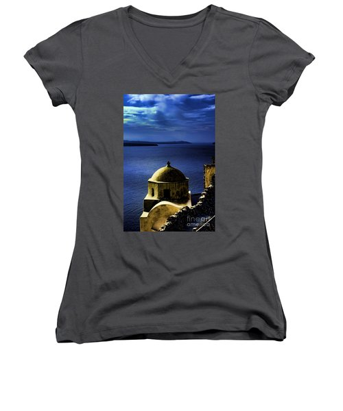 Oia Greece Women's V-Neck T-Shirt