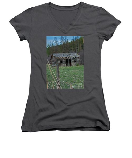 Women's V-Neck T-Shirt (Junior Cut) featuring the photograph Old Abandoned Homestead Cabin Art Prints by Valerie Garner