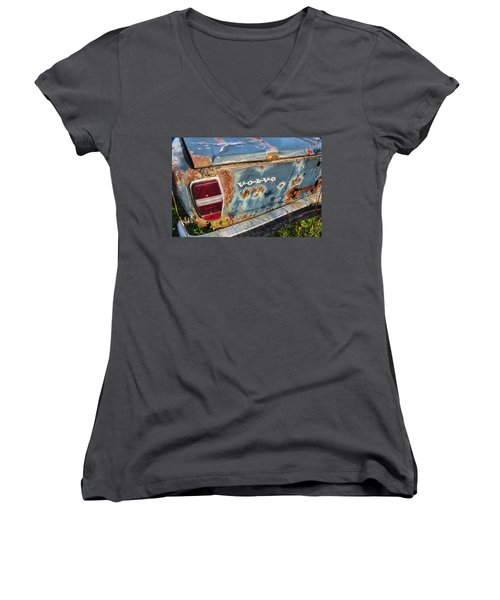 Women's V-Neck featuring the photograph Old Aged by Dale Kincaid