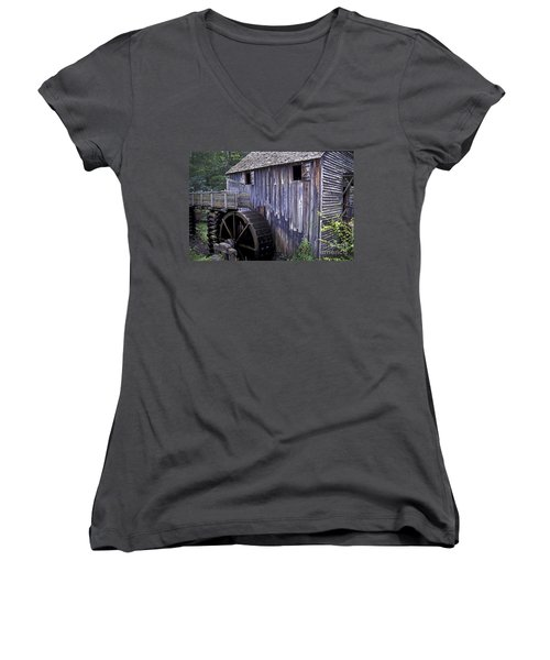 Old Cades Cove Mill Women's V-Neck