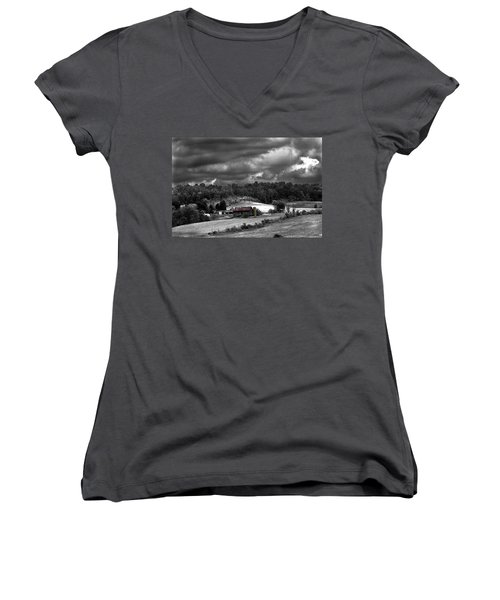 Old Farm Women's V-Neck