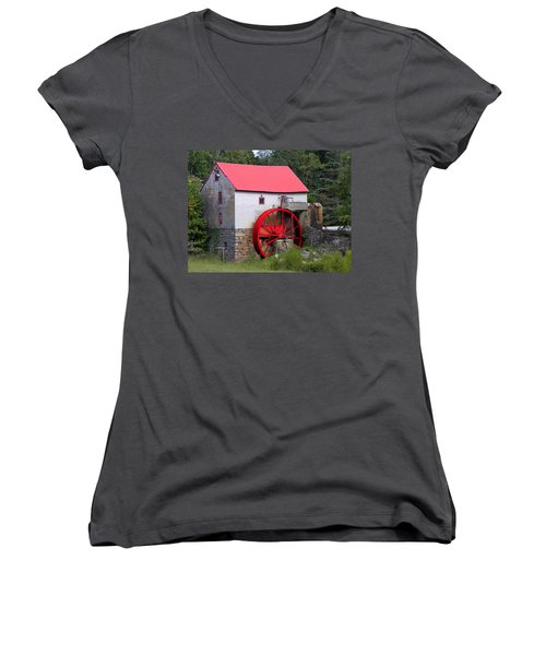 Women's V-Neck T-Shirt (Junior Cut) featuring the photograph Old Mill Of Guilford by Sandi OReilly