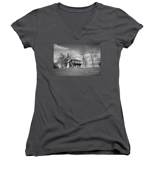 Old Rustic House On A Hill Women's V-Neck T-Shirt