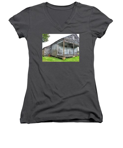 Old Theriot Post Office Women's V-Neck