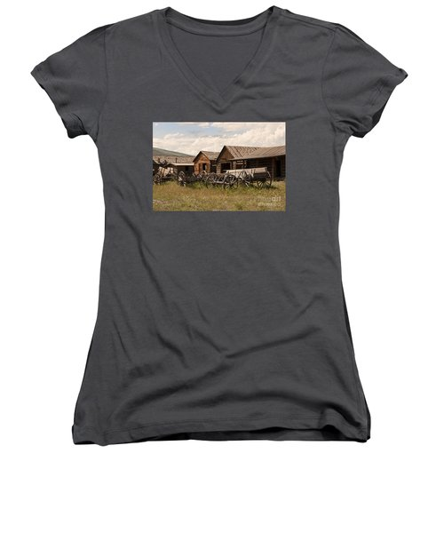 Old West Wyoming  Women's V-Neck