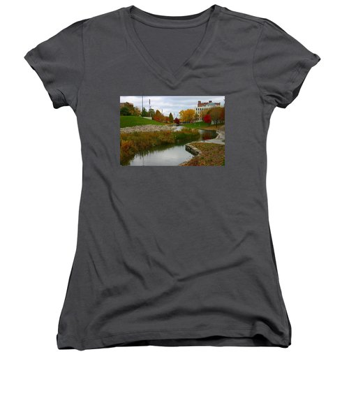 Women's V-Neck T-Shirt (Junior Cut) featuring the photograph Omaha In Color by Elizabeth Winter