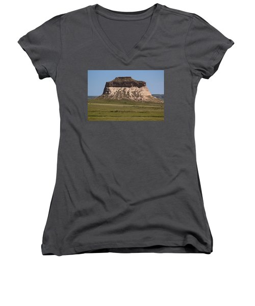 Pawnee Buttes Women's V-Neck (Athletic Fit)