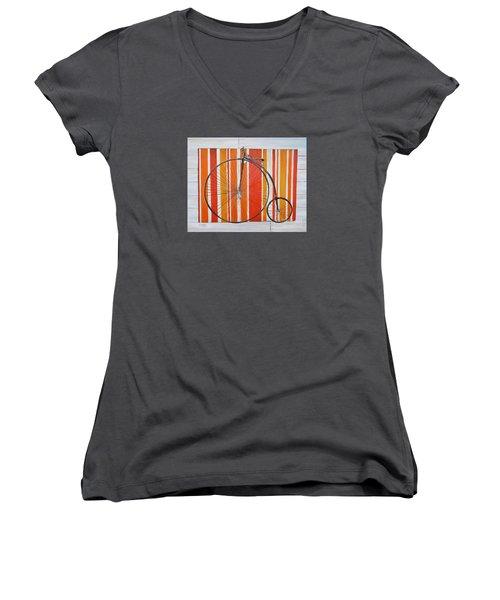 Penny-farthing Women's V-Neck T-Shirt (Junior Cut)