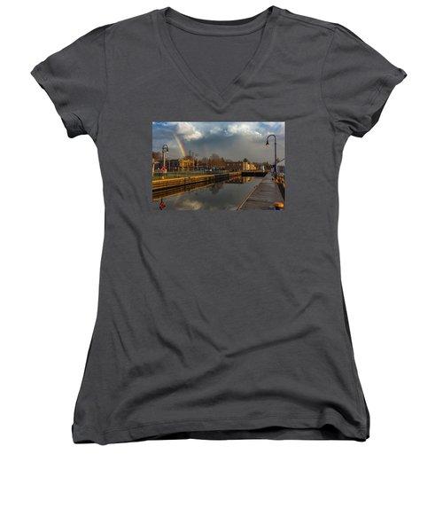 Phoenix Pot Of Gold Women's V-Neck T-Shirt