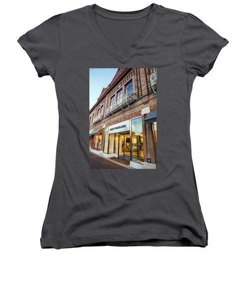Plaza Store Women's V-Neck T-Shirt