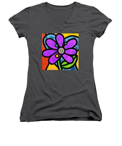 Purple Pinwheel Daisy Women's V-Neck T-Shirt