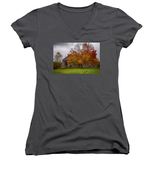 Women's V-Neck T-Shirt (Junior Cut) featuring the photograph Rainbow Of Color In Front Of Nh Barn by Jeff Folger