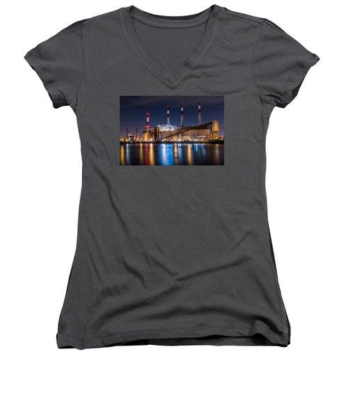Ravenswood Generating Station Women's V-Neck T-Shirt