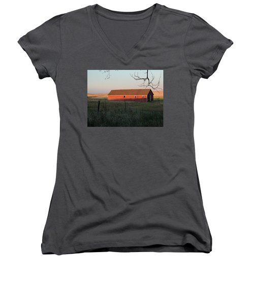 Red Granary Barn Women's V-Neck (Athletic Fit)