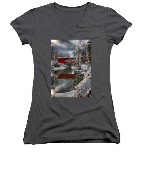 reflection of Slaughterhouse covered bridge Women's V-Neck T-Shirt (Junior Cut) by Jeff Folger