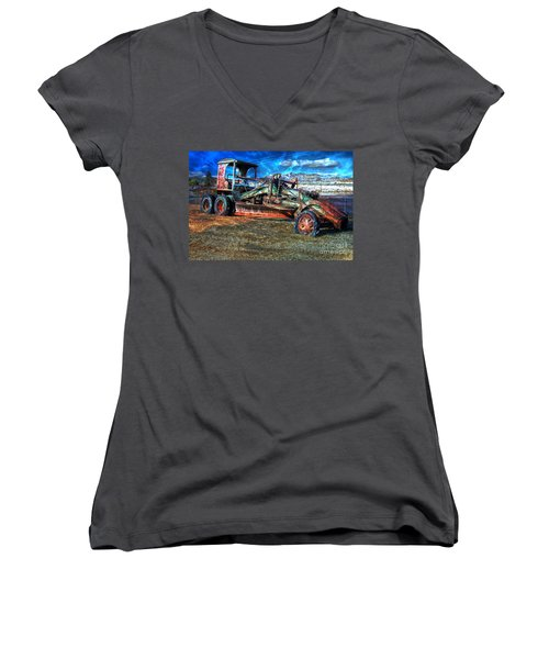 Retired Caterpillar Women's V-Neck