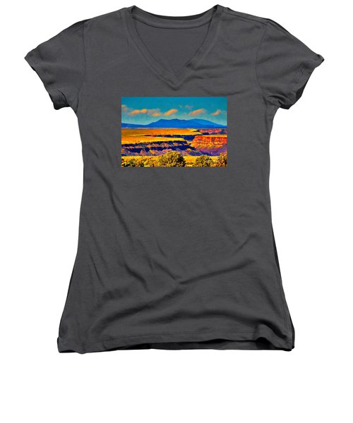 Rio Grande Gorge Lv Women's V-Neck (Athletic Fit)