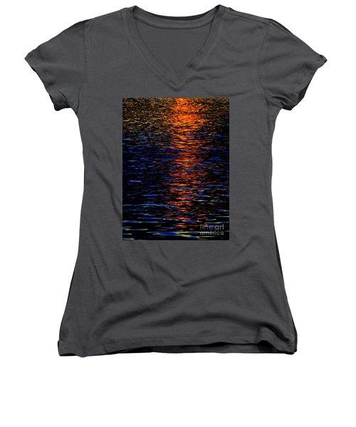 River Sunset Women's V-Neck