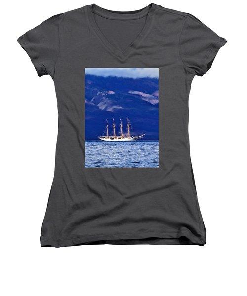 Women's V-Neck T-Shirt (Junior Cut) featuring the photograph Road To Lahaina 34 by Dawn Eshelman