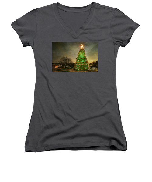 Rockland Lobster Trap Christmas Tree Women's V-Neck (Athletic Fit)