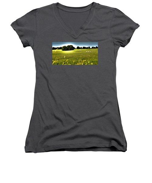 Rolling Pastures Women's V-Neck