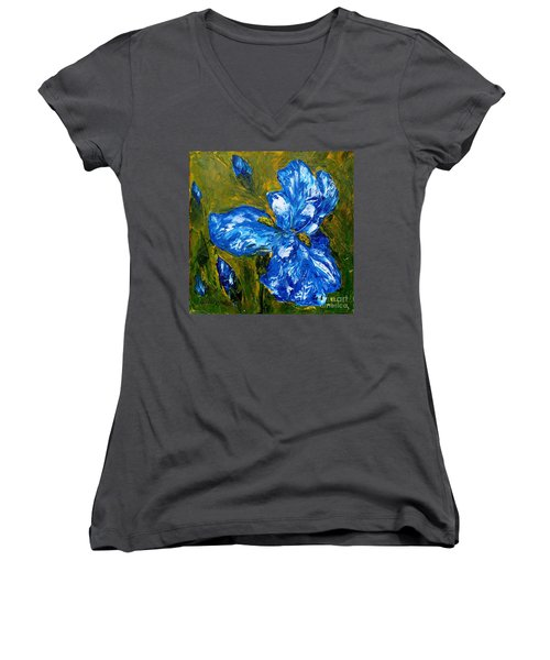 Romantic Iris Women's V-Neck T-Shirt